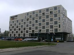 file dutch design hotel jpg wikimedia commons file dutch design hotel jpg