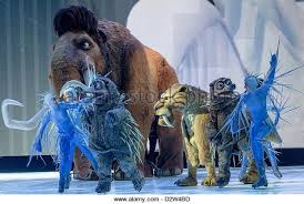 ice age live mammoth adventure characters stock photos u0026 ice age