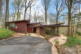Usonian House by 3 Frank Lloyd Wright Usonia Community Homes You Can Buy Right Now