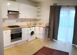 3 Bedroom House To Rent In Hounslow Property To Rent In Wheatlands Heston Hounslow Tw5 Renting In