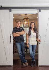 chip and joanna gaines magnolia house booked in 5 minutes people com