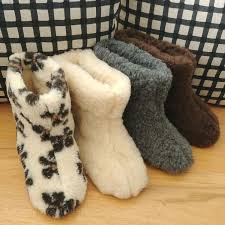 womens slipper boots size 12 best 25 mens boot slippers ideas on mens bootie