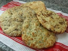 طريقة عمل خبز بالجبن وقطع اللحم images?q=tbn:ANd9GcSxUGqmPGVEPwjW82jc758myWgH2O2tjru_JXZ5XeDcPqXDNByb