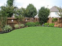 Landscaping Ideas For Small Backyard Architecture Backyard Landscape Design Along Fence Designs