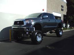 toyota truck lifted toyota tacoma tundra 4runner lift kits