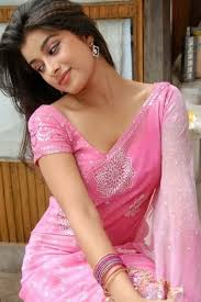 indian beauty wallpapers beautiful indian in saree wallpapers