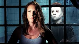 lee curtis set to return as laurie strode in 2018 halloween film
