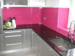 protege mur cuisine la crédence en verre pour la cuisine archzine fr