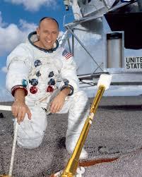 Moonwalker Alan Bean Now A Painter Recalls His Lunar Experiences