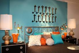 Bedroom With Yellow Accent Wall Bedroom Orange Accent Chair With Ottoman Orange And Blue Accent