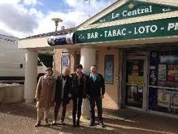bureau de tabac a vendre vente d un bar tabac loto pmu à vouneuil sous biard 86 michel simond