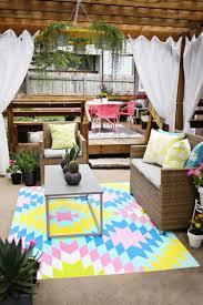 decoration terrasse exterieure moderne idées déco aménager une terrasse originale invitant à la détente
