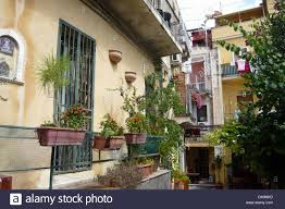 italy europe sicily taormina houses homes plants balcony