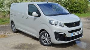 peugeot van 2017 peugeot expert panel van 2016 review auto trader uk