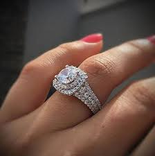 gorgeous engagement rings 15 stunning diamond engagement rings raymondleejwlrs