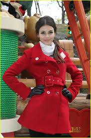 thanksgiving day clothes victoria justice macy u0027s thanksgiving parade 2010 photo 395301