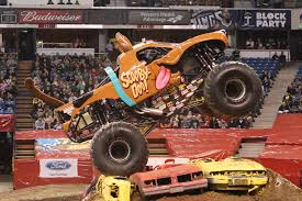 monster truck show florida for nicole johnson scooby doo u0027s driver is no monster jam mystery
