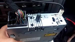 como sacar extraer radio citroen c5 ii youtube