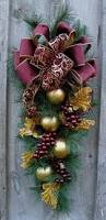 best 25 christmas swags ideas on pinterest christmas outdoor