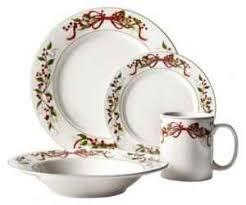 christmas dinnerware berries 16 pc dinnerware set