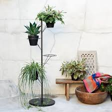 White Pedestal Flower Stand 36 Diy Plant Stand Ideas For Indoor And Outdoor Decoration