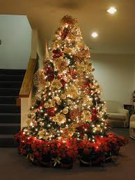 White Christmas Tree With Red And Gold Decorations 7 5 Ft Red U0026 Gold Christmas Tree A 7 5 U0027 Pre Lit Tree Decor U2026 Flickr