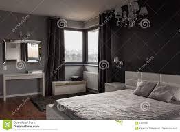 dunkles schlafzimmer dunkles teures schlafzimmer stockfoto bild 54412168