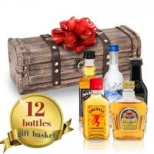 liquor baskets wine chagne and liquor gift baskets delivered
