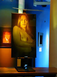 display holograms holographic commercial displays