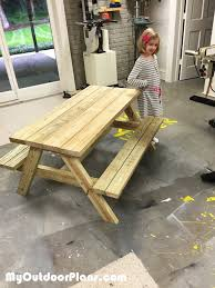 Diy Wood Picnic Table by Diy Children Picnic Table Myoutdoorplans Free Woodworking