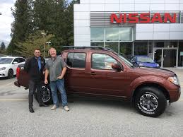 nissan frontier pro 4x bruce chooses an awesome new nissan frontier pro 4x