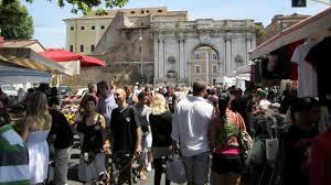 porta portese auto roma roma si veste di vintage ecco i mercatini più originali initalia