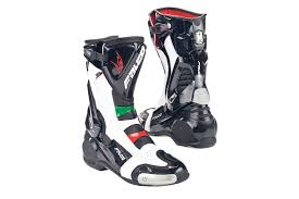motorcycle boots 2016 boots mcn