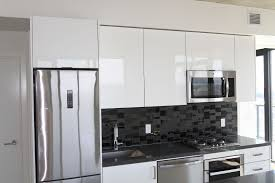 calgary apartment for rent beltline inner city sw 27th floor upgraded kitchen cabinets