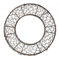 wreath forms 12 fillable rust chicken wire wreath form 36036 craftoutlet