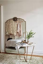Parisian Bedroom Furniture by Top 25 Best Parisian Apartment Ideas On Pinterest Paris
