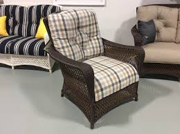 4 piece set grand traverse vinyl wicker collection w pillows by