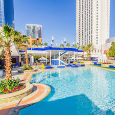 Palm Beach Tan Weatherford Tx Palms Pool 86 Photos U0026 105 Reviews Swimming Pools 4321 W