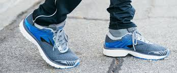 brooks men u0027s running shoes