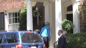 elizabeth warren arrives at clinton u0027s house for meeting nbc news