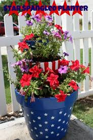 Diy Craft Projects For The Yard And Garden - 16 garden decor idea for july 4th day u2013 diy easy patriotic