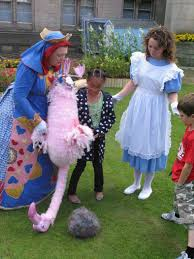 alice in wonderland themed entertainment shows lookalike