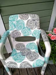 Paint For Outdoor Plastic Furniture by The 25 Best Plastic Garden Chairs Ideas On Pinterest Cushions
