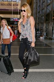 nightingale hollywood rosie huntington whiteley givenchy nightingale 2 purseblog