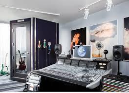 Home Design Essentials Studio Apartment Essentials With Design Image 55298 Kaajmaaja