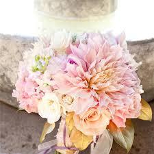 Wedding Flowers October Cafe Au Lait Dahlias Wedding Flowers In Season Now Brides