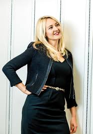 Walgreens Pharmacy Manager Salary An Intrepid Explorer Walgreens U0027 Lauren Brindley U2013 Wwd