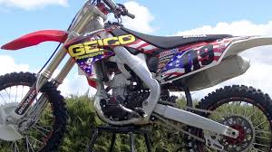 graphics for motocross bikes honda crf250 graphics installation time lapse youtube