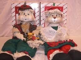 house of lloyd christmas around the world set grannie flo bunny