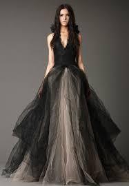 kelly clarkson u0027s wedding dress she u0027s wearing vera wang u2014so let u0027s